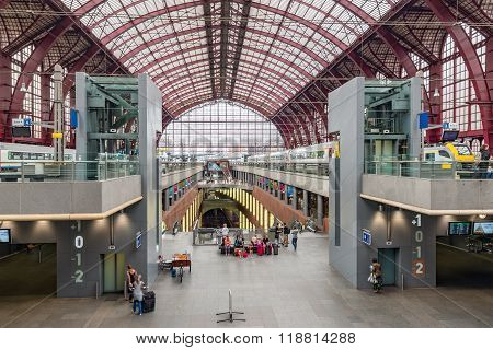 Renovated Interior Of Famous Antwerp Main Station, Belgium