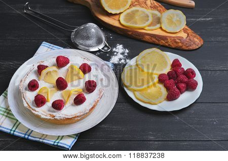 Lemon Cake With Raspberries