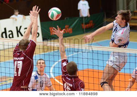 Kaposvar - Dunaferr volleyball game