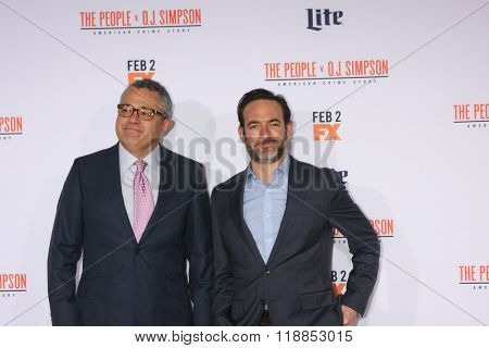 LOS ANGELES - JAN 27:  Jeffrey Toobin, Chris Conner at the American Crime Story - The People V. O.J. Simpson Premiere at the Village Theater on January 27, 2016 in Westwood, CA