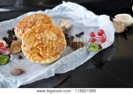 Sliced Almonds And Nuts Tart