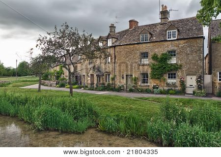 Cottages with Eye River in Lower Slaughter Cotswolds UK