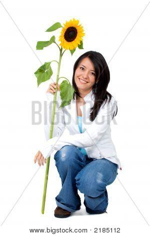 Mädchen mit einer Sonnenblume
