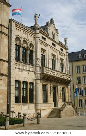 Luxemburg government