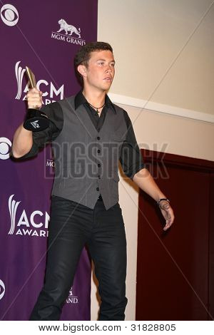 LAS VEGAS - APR 1:  Scotty McCreery in the press room  at the 2012 Academy of Country Music Awards at MGM Grand Garden Arena on April 1, 2012 in Las Vegas, NV.