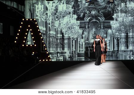 ZAGREB, CROATIA - OCTOBER 19: Fashion models wearing clothes made by Monika Sablic at 'Croaporter' fashion show, on October 19, 2012 in Zagreb, Croatia.