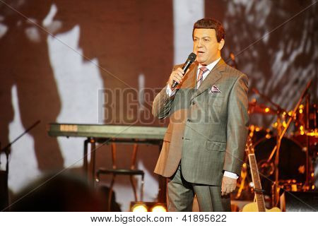 MOSCOW - JAN 23: Singer Iosif Kobzon performs on stage at Taganka Theater during Award ceremony of Prize named after Vladimir Vysotsky Own Track, Jan 23, 2012, Moscow, Russia.