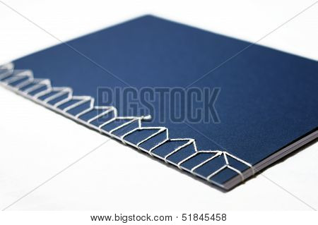 Non-adhesive book binding