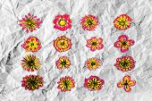 picture of organist  - an images of  Flowers design on crumpled paper - JPG