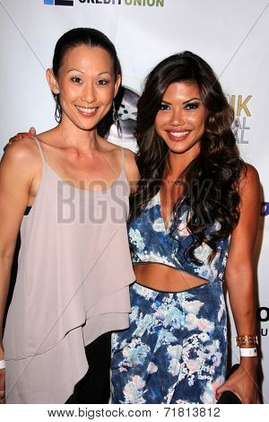 LOS ANGELES - SEP 6:  Nicole Bilderback, Tiffany Panhilason at the