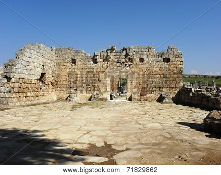 Roman city gate of the ancient Perge 2-3 century