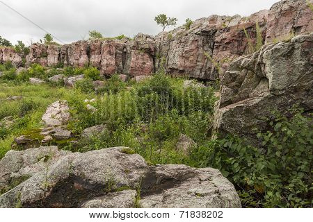 Pipestone Cliffs