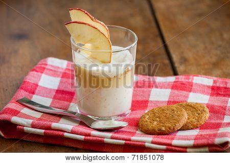 Yogurt and vanilla cup