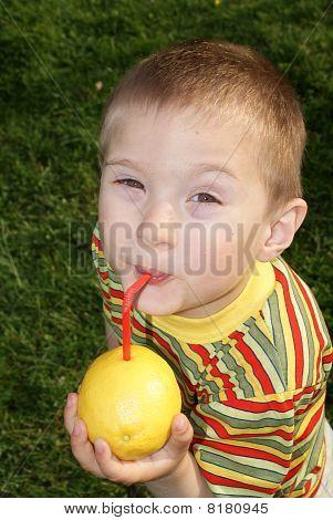 The child drank the lemon juice