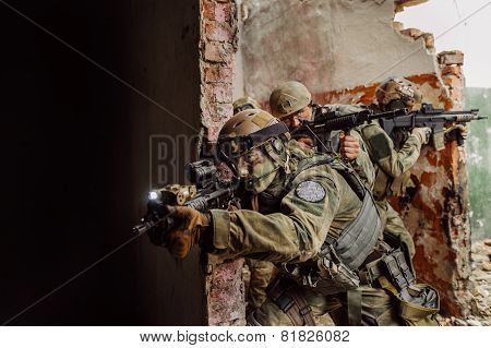 Force Rangers Stormed The Building