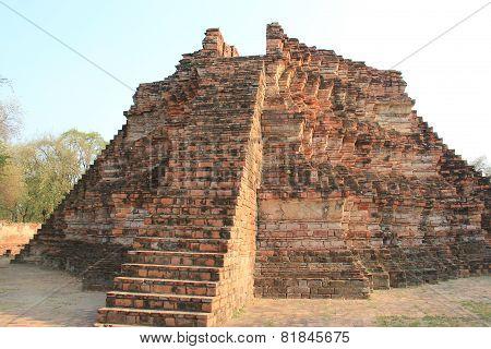 Ancient Architecture At Watlokayasutharam Temple