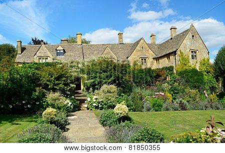 English Manor With Flower Garden