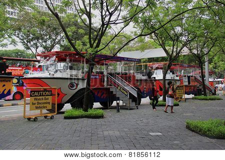 Duck Tours In Singapore