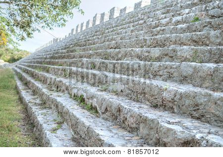 Maya Structure Shallow Dof