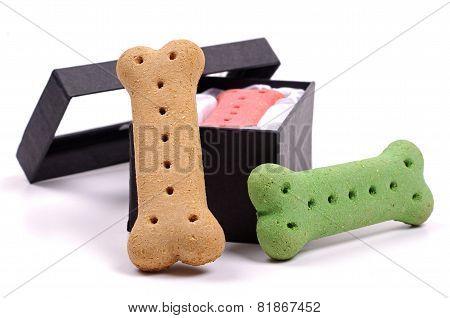 dog bones and black box