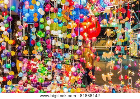 Decorating Light Balls.