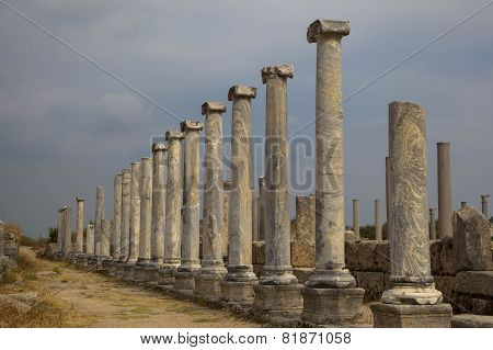Perge and Column