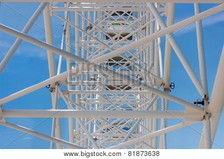 Observation wheel construction