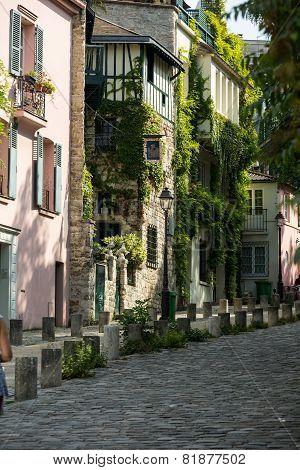 Rue de l'Abreuvoir in Montmarte Paris, France