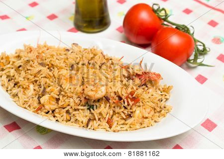 Risotto with shrimps and tomato