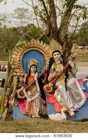 Hindu goddess Saraswati playing Sitar