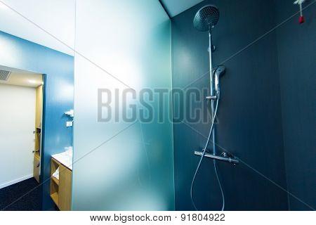 hotel room modern bathroom