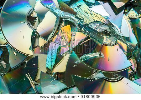 Data Destruction: Broken Cd And Dvd Disks
