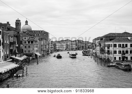 VENICE - SEP 12: Venice canal on September 12, 2014 in Venice, Italy. Venice is a city in northeastern Italy sited on a group of 118 small islands separated by canals and linked by bridges