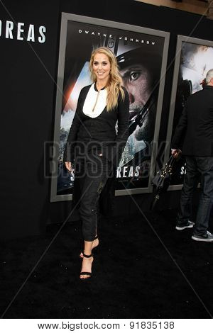 LOS ANGELES - MAY 26:  Elizabeth Berkley at the