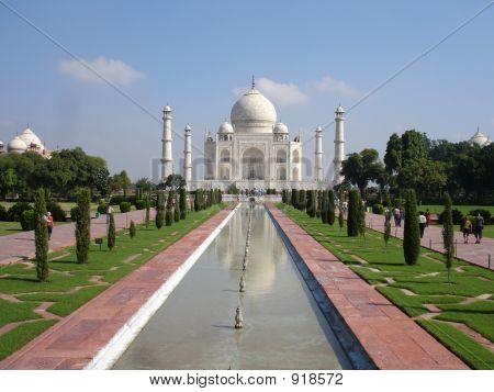 Gardens Of Taj