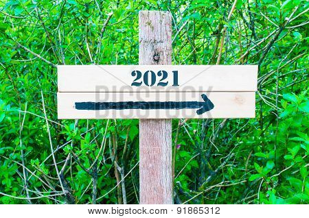 Year 2021  Directional Sign