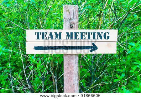 Team Meeting Directional Sign