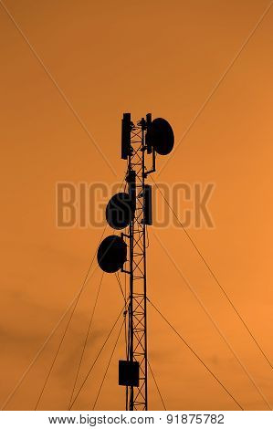 Silhouette Mobile Antenna Tower