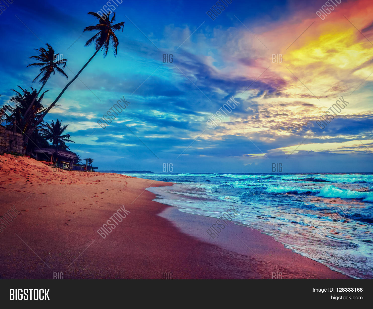 Romantic Pictures Of Tropical Beaches: Beach Holidays Vacation Romantic Concept Background