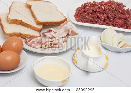 Stuffed meatloaf preparation : Ingredients to Prepare an Stuffed Meatloaf