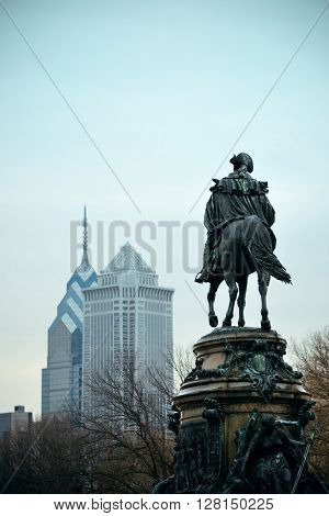 George Washington statue and Philadelphia city architecture