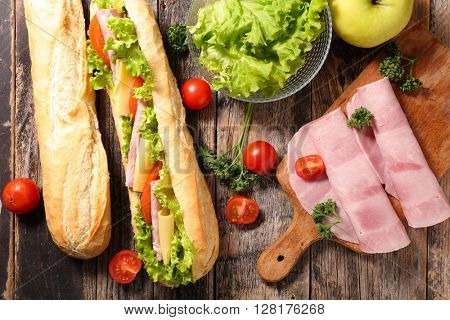 sandwich with ingredient