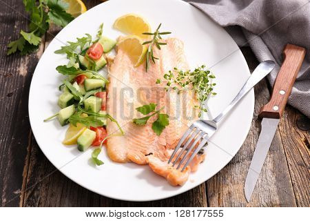 baked salmon and vegetable