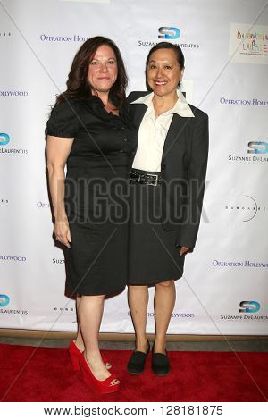 LOS ANGELES - APR 30:  guest, Maria Hanson at the Suzanne DeLaurentiis Productions Gifting Suite at the Dylan Keith Salon on April 30, 2016 in Burbank, CA