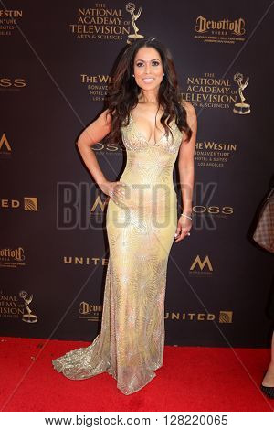 LOS ANGELES - MAY 1:  Tracey Edmonds at the 43rd Daytime Emmy Awards at the Westin Bonaventure Hotel  on May 1, 2016 in Los Angeles, CA