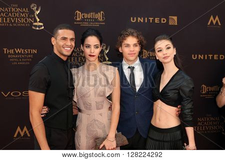 LOS ANGELES - MAY 1:  Kyler Pettis, Vivian Jovanni, James Lastovic, Paige Searcy at the 43rd Daytime Emmy Awards at the Westin Bonaventure Hotel  on May 1, 2016 in Los Angeles, CA