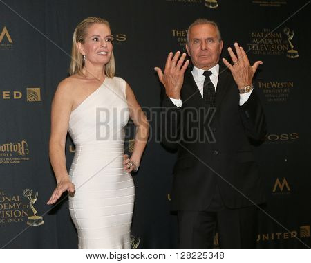 LOS ANGELES - MAY 1:  Jennifer Ashton, Andrew Ordon at the 43rd Daytime Emmy Awards at the Westin Bonaventure Hotel  on May 1, 2016 in Los Angeles, CA