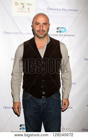 LOS ANGELES - APR 30:  Dominic Pace at the Suzanne DeLaurentiis Productions Gifting Suite at the Dylan Keith Salon on April 30, 2016 in Burbank, CA