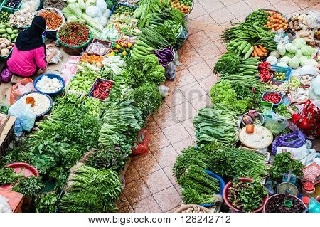 Top view of the vegetable market and vendors