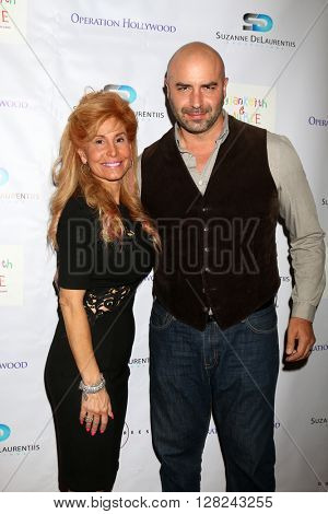 LOS ANGELES - APR 30:  Suzanne DeLaurentiis, Dominic Pace at the Suzanne DeLaurentiis Productions Gifting Suite at the Dylan Keith Salon on April 30, 2016 in Burbank, CA